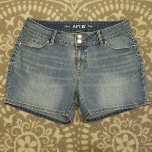 Apt. 9 light stonewashed denim shorts NWOT